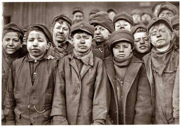 lewis_hine_child_miners1